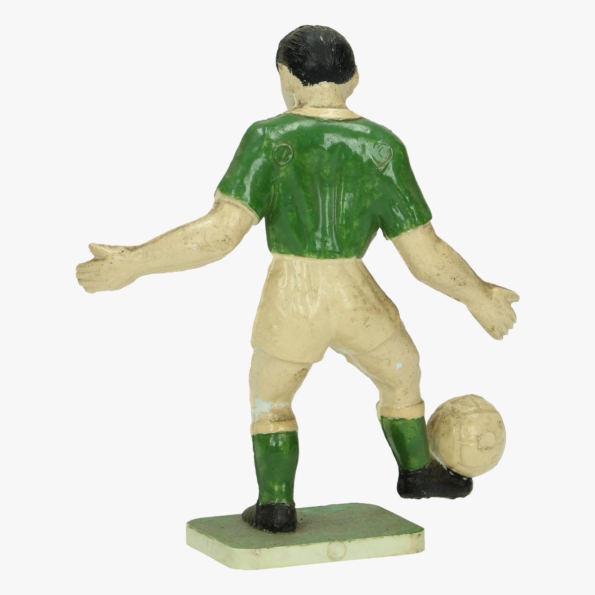 Afbeeldingen van kunstof beedje voetballer 9.5 cm groot
