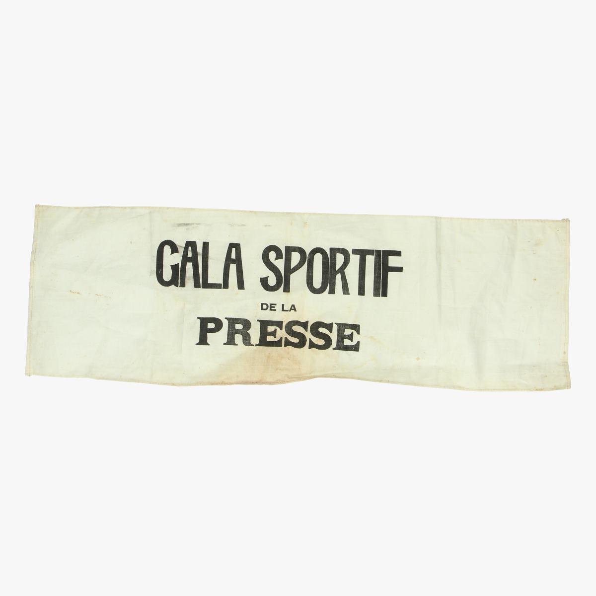 Afbeeldingen van Wielrennen oude sponserdoekjes reclame