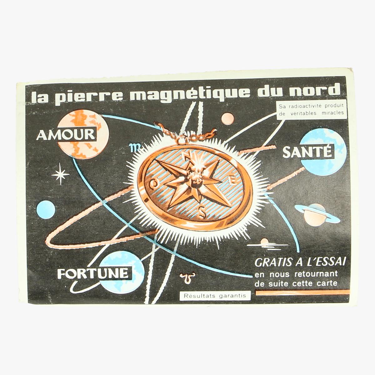 Afbeeldingen van la pierre magnetique du nord  carte postale
