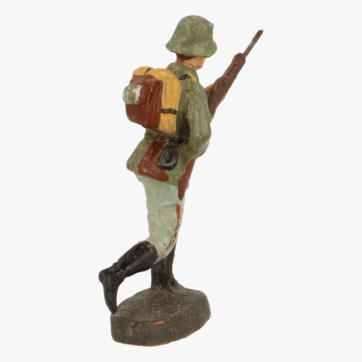Afbeeldingen van elastolin soldaatjes  Germany