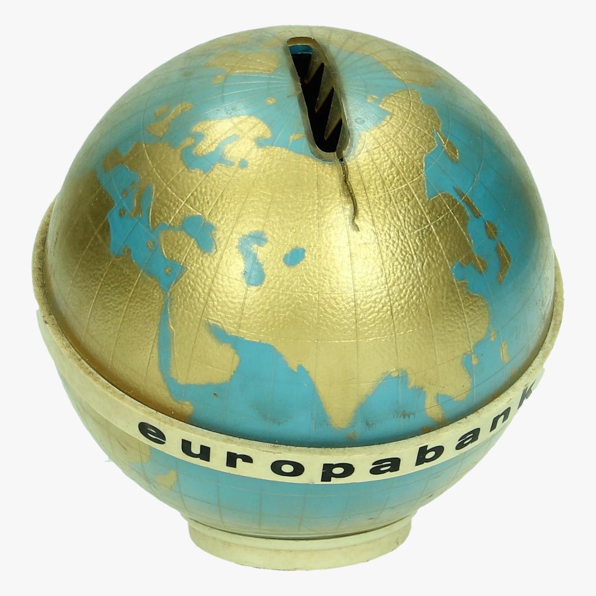 Afbeeldingen van spaarpot wereldbolletje europabank