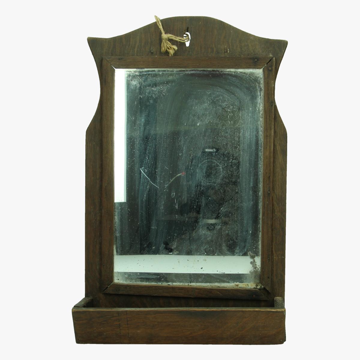 Afbeeldingen van oude spiegel met schap 40 op 25 cm