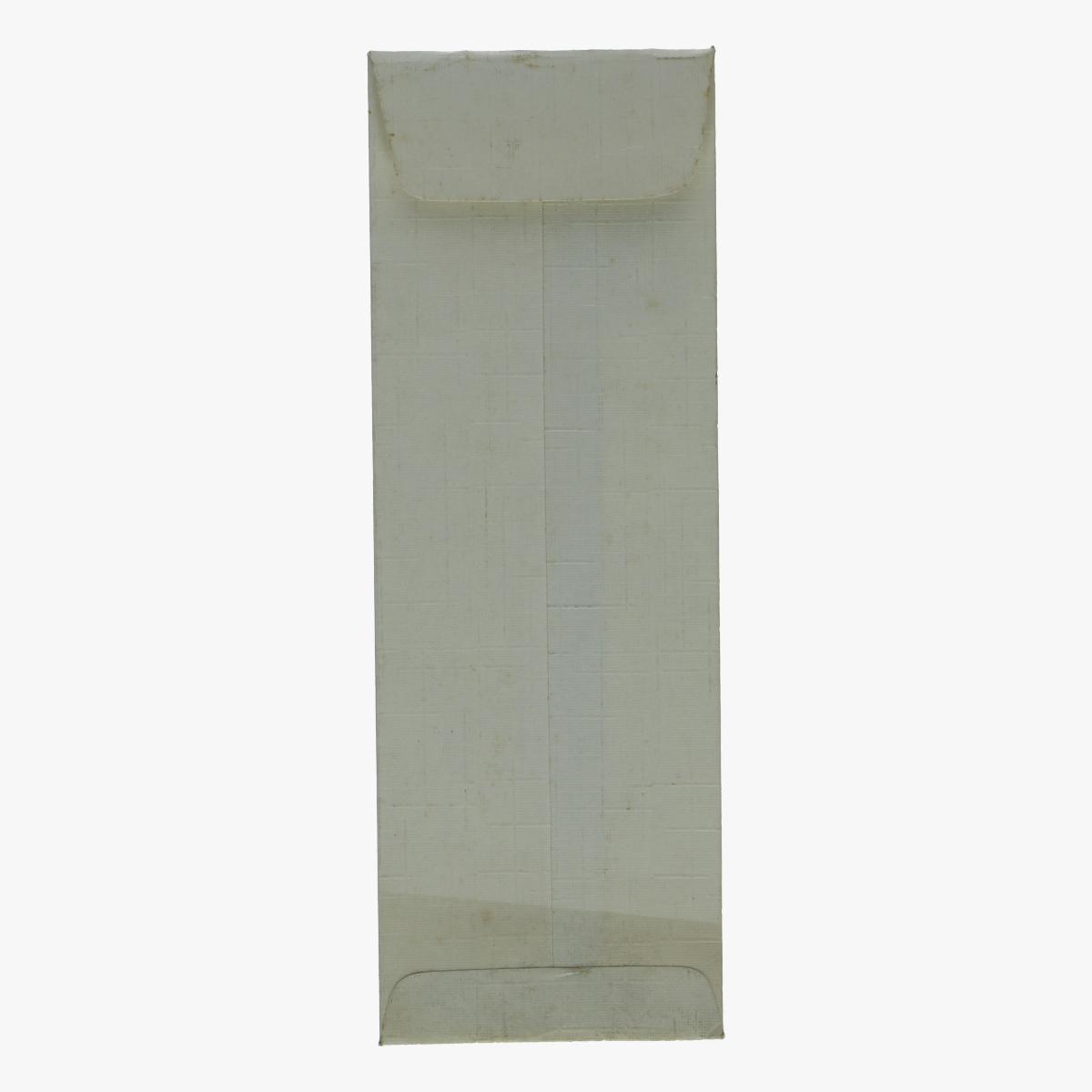 Afbeeldingen van bestekken verpakking vliegtuig bea silvet star viscount