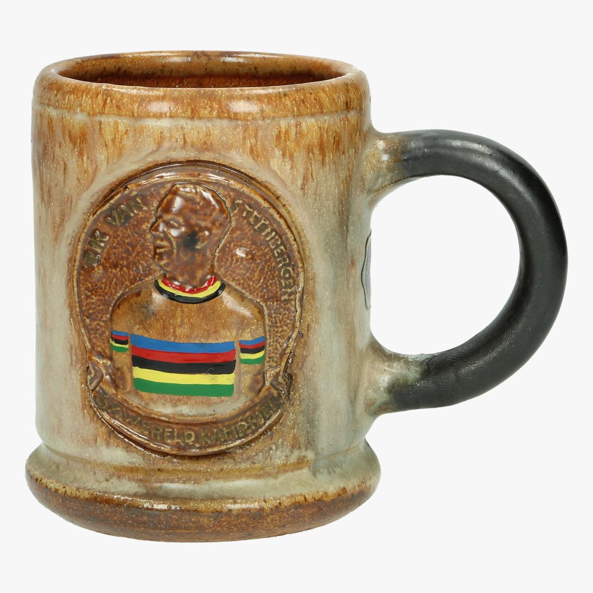 Afbeeldingen van keramieke mok Rik Van Steenbergen 3xwereldkampioen