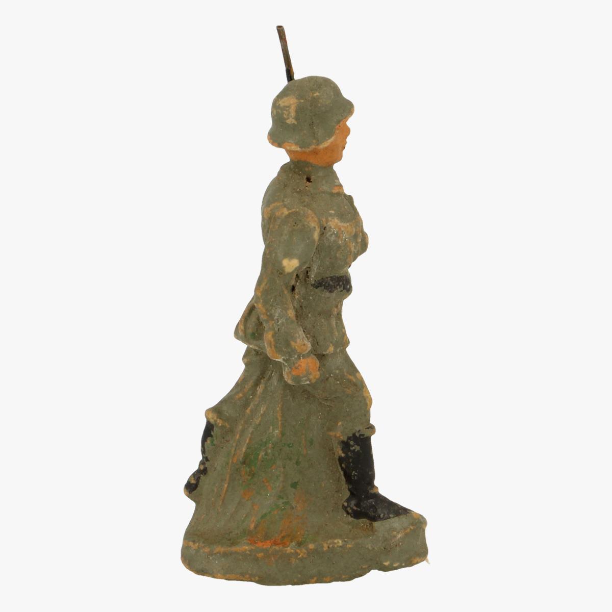 Afbeeldingen van elastolin soldaatje F.F.