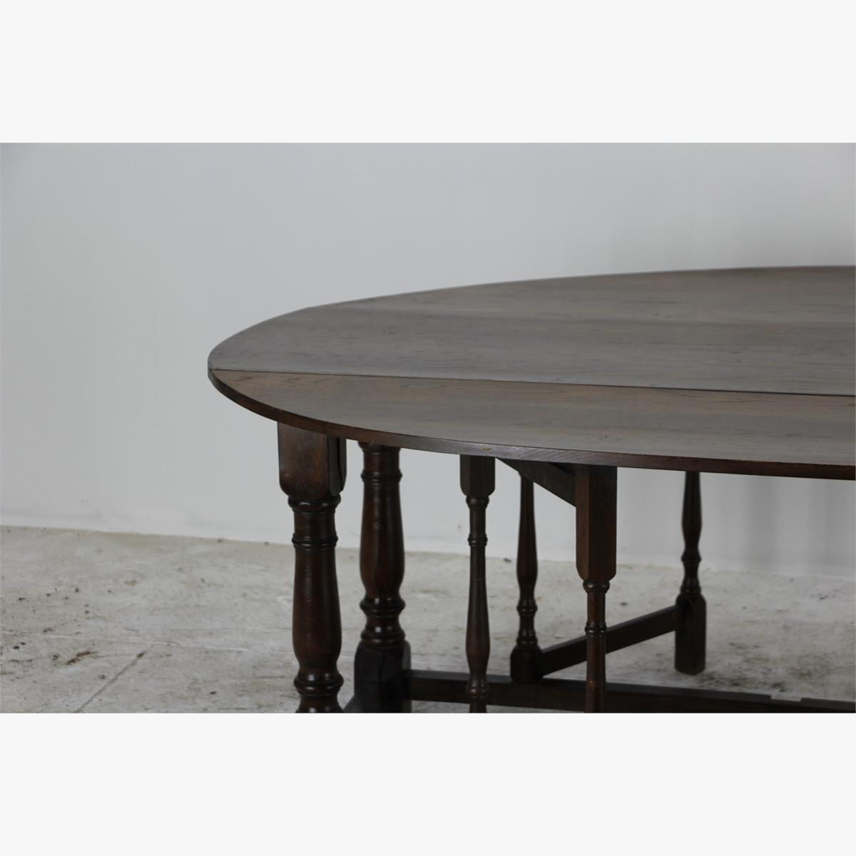 Afbeeldingen van grote ovale engelse eettafel massief eik    kan ook als side table