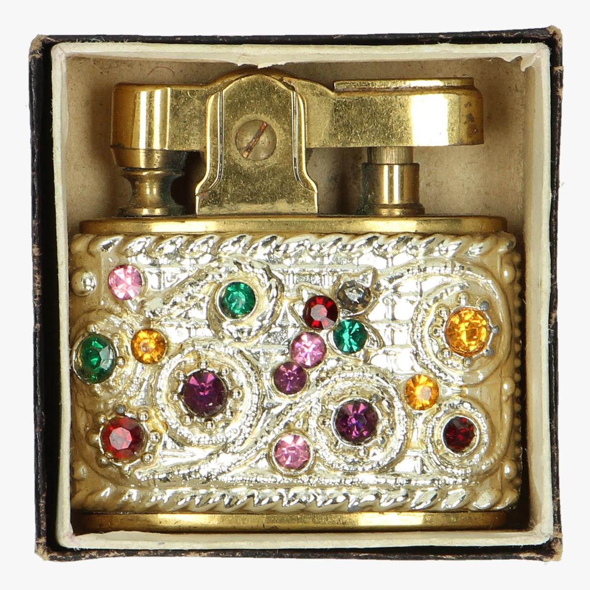 Afbeeldingen van oude aansteker toyota crown ma reine made in japan