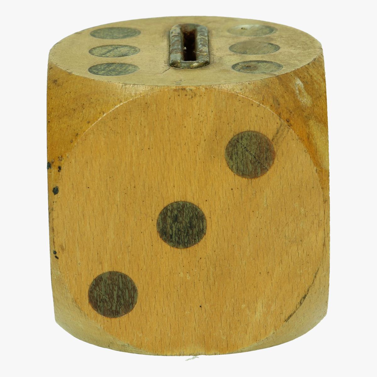 Afbeeldingen van spaarpot houten dobbelsteen